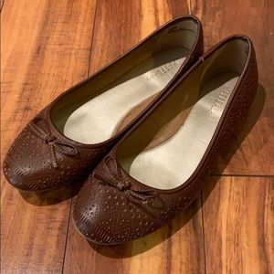 XAppeal Flats Size 7.5
